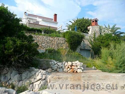 https://www.vranjica.eu/produkty_fotogalerie/apartman-arzic-v-2216.jpg