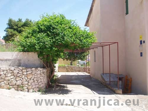 https://www.vranjica.eu/produkty_fotogalerie/apartman-bella-okrug-gornji-v-2738.jpg