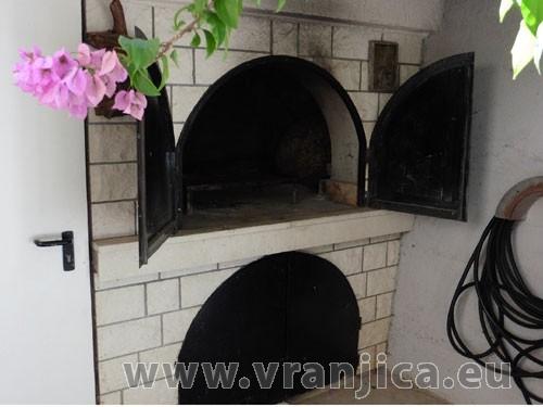 https://www.vranjica.eu/produkty_fotogalerie/apartman-danijel-v-4817.jpg