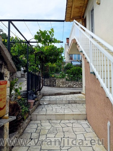 https://www.vranjica.eu/produkty_fotogalerie/apartman-kaja-v-7004.jpg