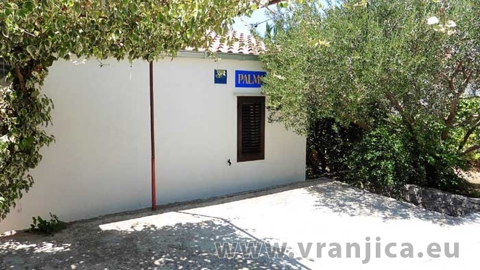 https://www.vranjica.eu/produkty_fotogalerie/apartman-palma-v-4208.jpg