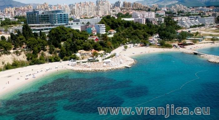 https://www.vranjica.eu/produkty_fotogalerie/apartman-vranjovic-v-4607.jpg