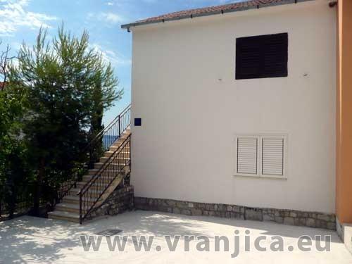 https://www.vranjica.eu/produkty_fotogalerie/apartman-zoran-v-1128.jpg