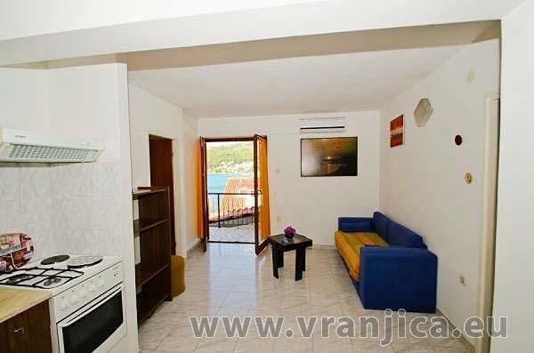 https://www.vranjica.eu/pokoje/apartman-anica-ap2-6--v-5678.jpg