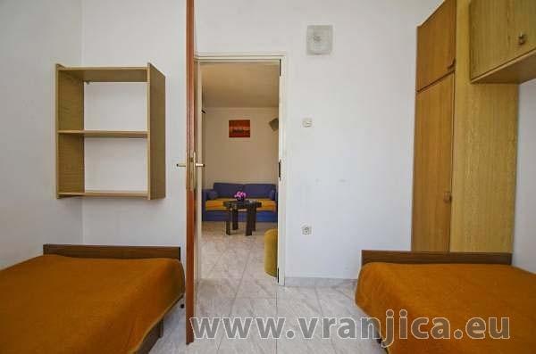 https://www.vranjica.eu/pokoje/apartman-anica-ap2-6--v-5687.jpg
