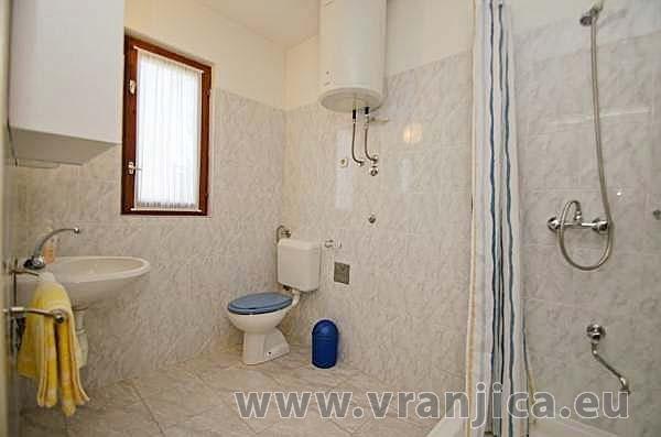 https://www.vranjica.eu/pokoje/apartman-anica-ap2-6--v-5688.jpg