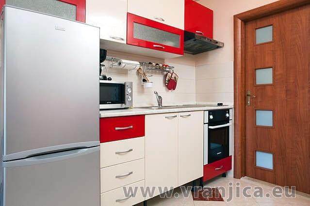https://www.vranjica.eu/penziony/apartman-armanda-ap1-4--v-3689.jpg
