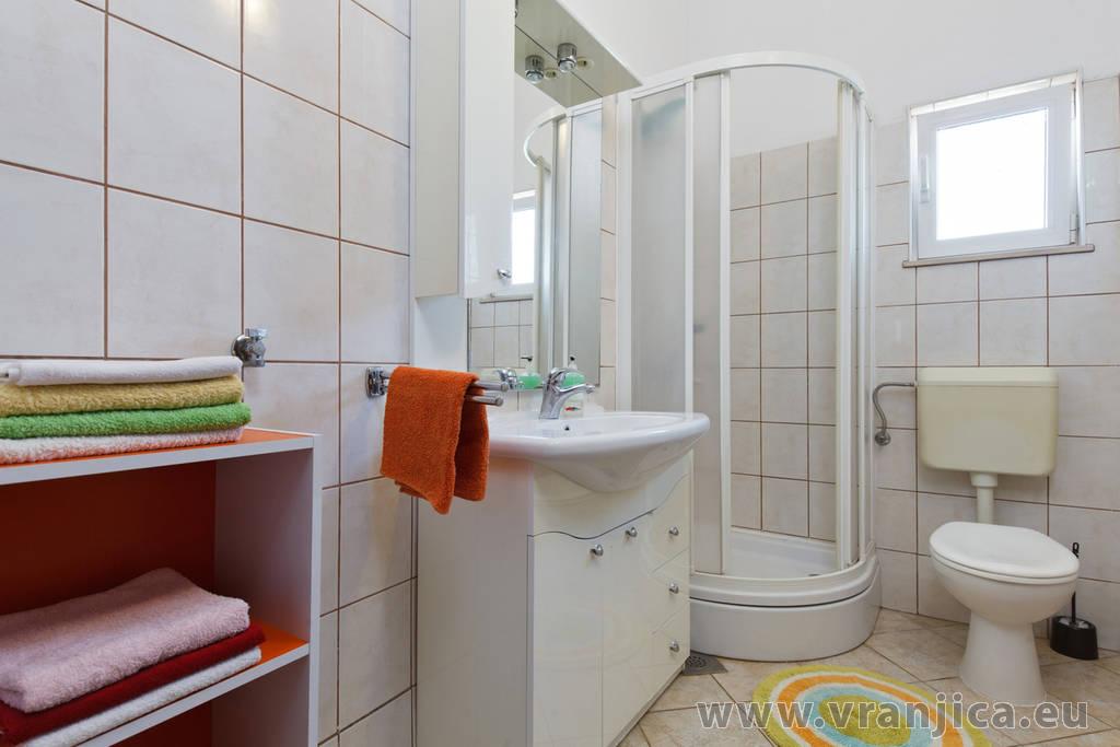 https://www.vranjica.eu/pokoje/apartman-bijelic-ap2-4-2-1578000027L.jpg