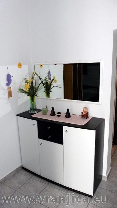 https://www.vranjica.eu/pokoje/apartman-bosa-ap1-2-2--v-4484.jpg