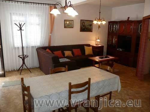 https://www.vranjica.eu/pokoje/apartman-bosa-ap3-4-2--v-2179.jpg