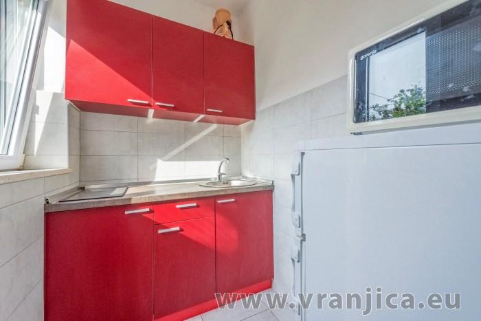 https://www.vranjica.eu/pokoje/apartman-branko-ap1-3-1-1602854936L.jpg