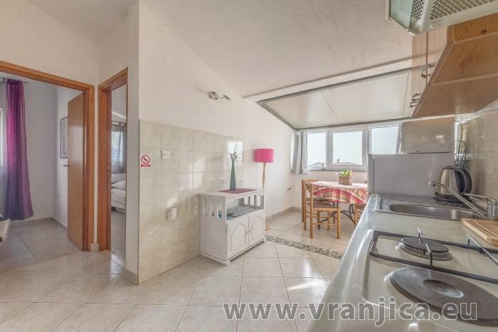 https://www.vranjica.eu/pokoje/apartman-branko-ap3-4-1602864871L.jpg