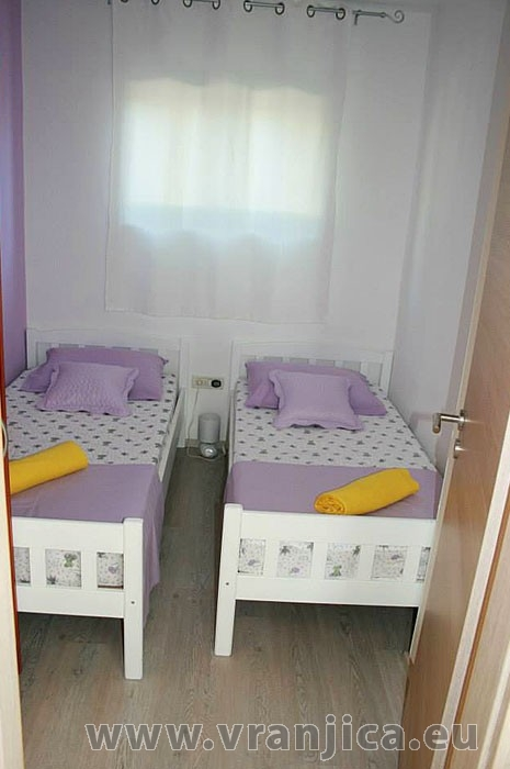 https://www.vranjica.eu/pokoje/apartman-bruna-gornji-okrug-ap1-4-1--v-5580.jpg