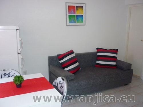 https://www.vranjica.eu/pokoje/apartman-bruna-gornji-okrug-ap2-4--v-5586.jpg