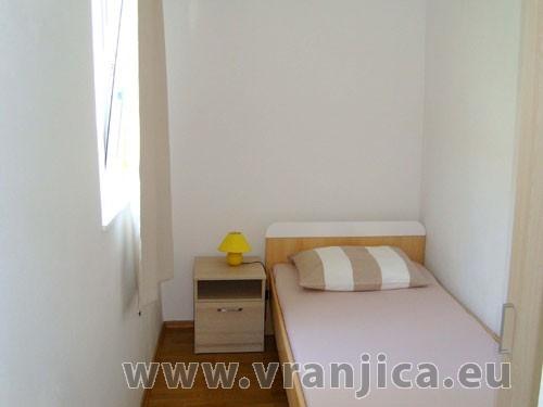 https://www.vranjica.eu/pokoje/apartman-bruna-gornji-okrug-ap2-4--v-5592.jpg