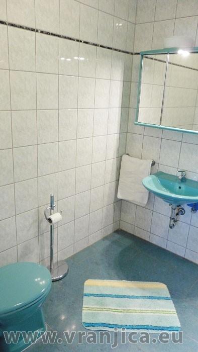 https://www.vranjica.eu/pokoje/apartman-danijel-ap3-2-2--v-4853.jpg