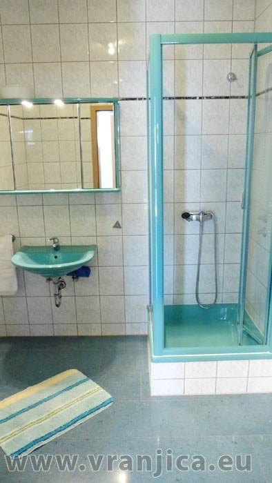 https://www.vranjica.eu/pokoje/apartman-danijel-ap3-2-2--v-4854.jpg