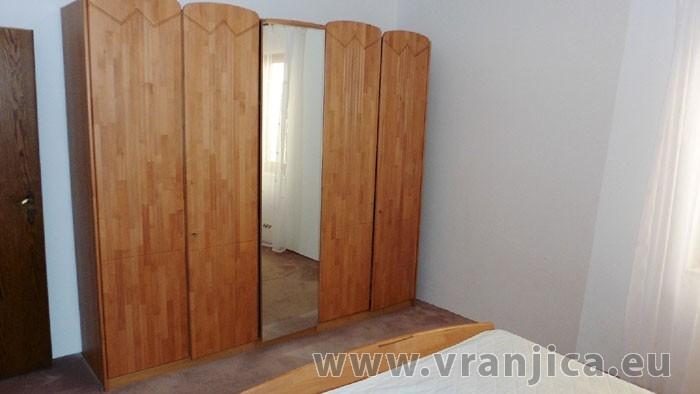 https://www.vranjica.eu/pokoje/apartman-danijel-ap4-2-2--v-4866.jpg