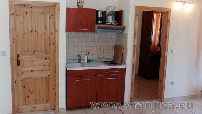 https://www.vranjica.eu/pokoje/apartman-danijel-ap6-2-2--v-4872.jpg