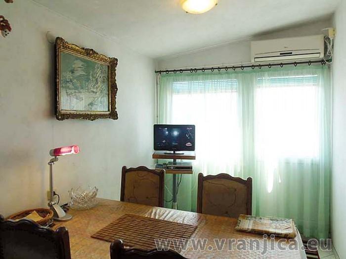 https://www.vranjica.eu/pokoje/apartman-dhd-gornji-okrug-ap1-5--v-3895.jpg