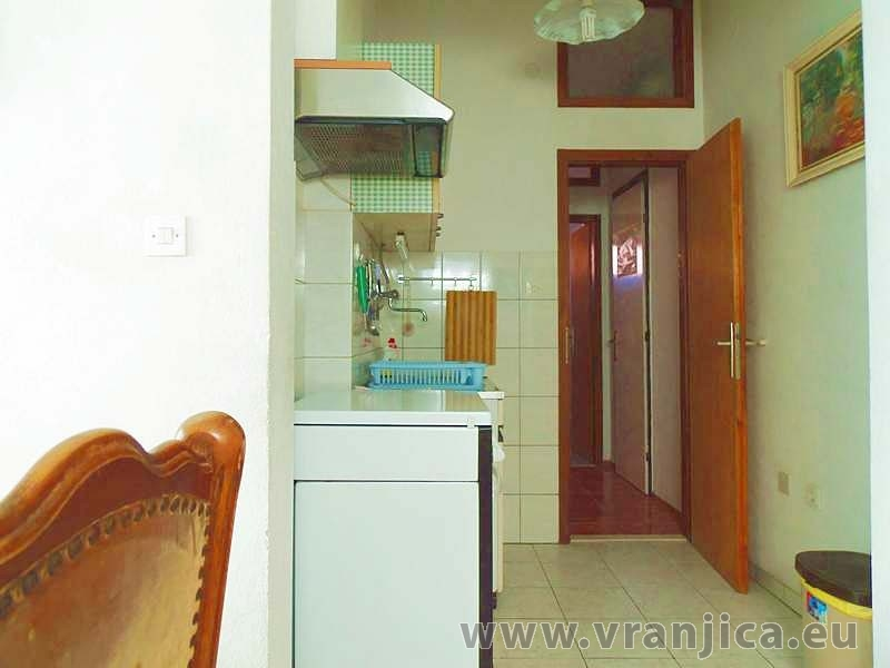 https://www.vranjica.eu/pokoje/apartman-dhd-gornji-okrug-ap1-5--v-5428.jpg