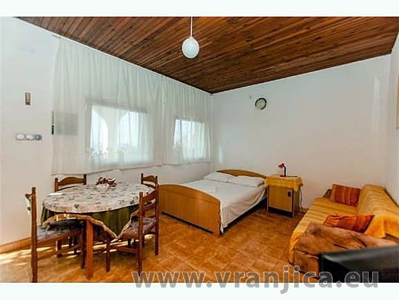 https://www.vranjica.eu/pokoje/apartman-dhd-okrug-gornji-ap2-2-1--v-3898.jpg