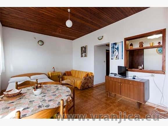 https://www.vranjica.eu/pokoje/apartman-dhd-okrug-gornji-ap2-2-1--v-3899.jpg