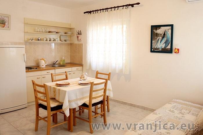 https://www.vranjica.eu/penziony/apartman-diego-ap1-2-2--v-5851.jpg