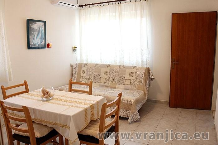 https://www.vranjica.eu/pokoje/apartman-diego-ap1-2-2--v-5852.jpg