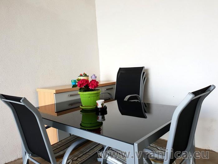https://www.vranjica.eu/pokoje/apartman-djurdica-ap3-studio-2-1-1582058341L.jpg