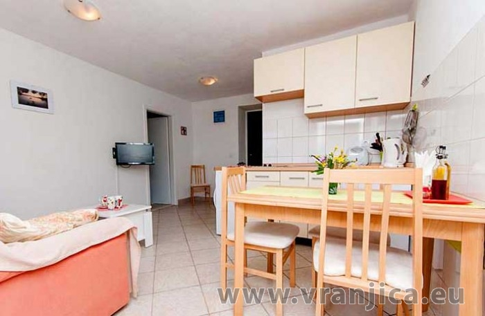 Chorvatcko Apartmán DOMINA - BOL AP1 (2+1)