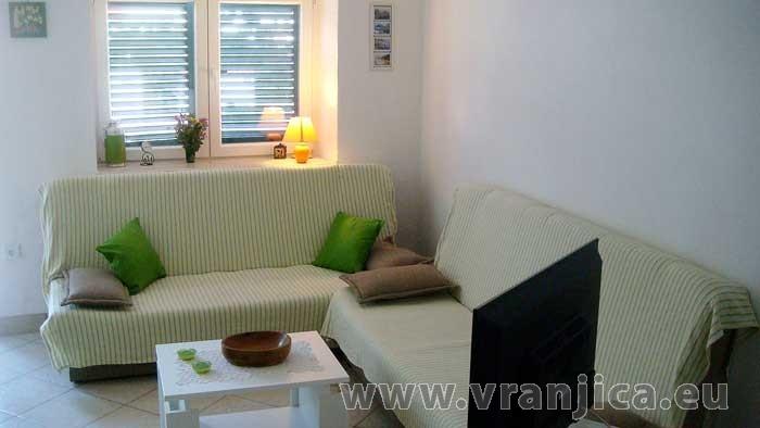 https://www.vranjica.eu/pokoje/apartman-domina-bol-ap2-2-2--v-2836.jpg