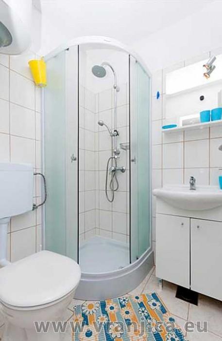 https://www.vranjica.eu/pokoje/apartman-domina-bol-ap2-2-2--v-2837.jpg