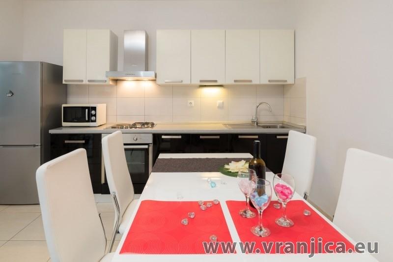 https://www.vranjica.eu/pokoje/apartman-frano-ap1-4-1-seget-vranjica-chorvatsko-v-7140.jpg