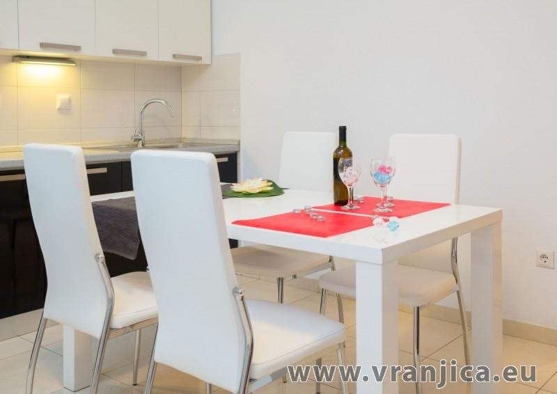 https://www.vranjica.eu/pokoje/apartman-frano-ap1-4-1-seget-vranjica-chorvatsko-v-7149.jpg
