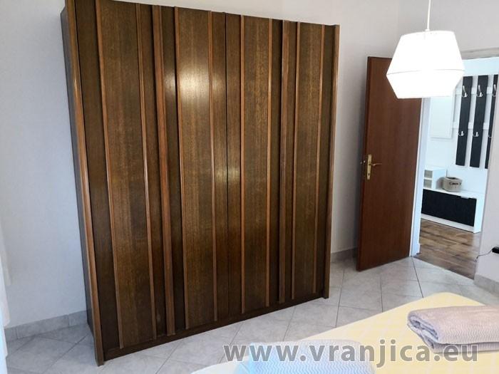 https://www.vranjica.eu/pokoje/apartman-ivan-vinisce-ap1-7--v-7671.jpg