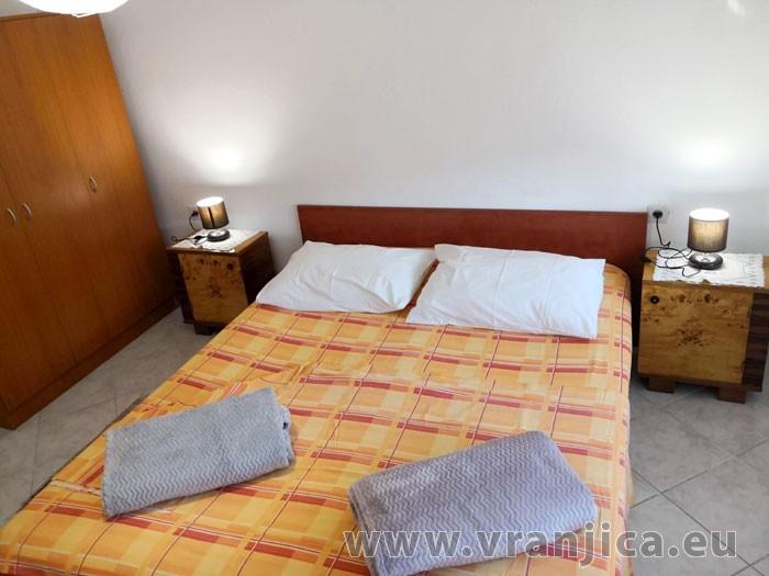 https://www.vranjica.eu/pokoje/apartman-ivan-vinisce-ap1-7--v-7676.jpg