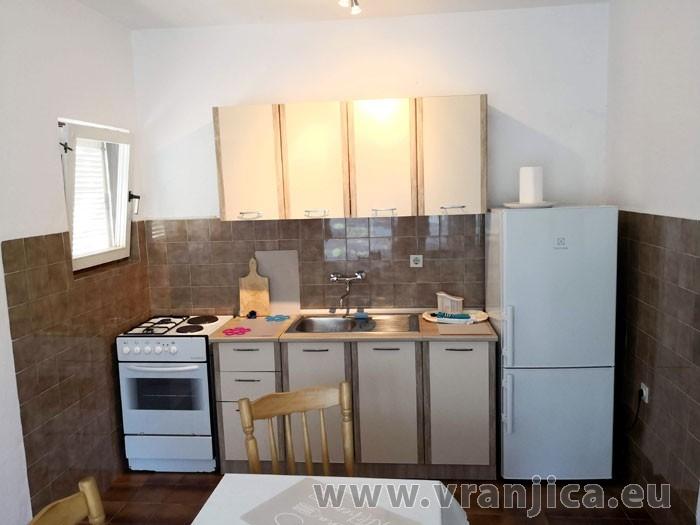 https://www.vranjica.eu/pokoje/apartman-ivan-vinisce-ap1-7--v-7681.jpg