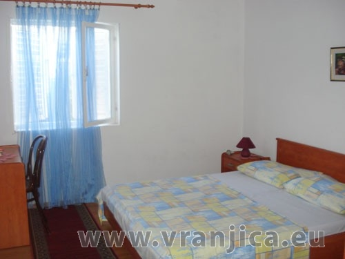 https://www.vranjica.eu/pokoje/apartman-ivana-slatine-ap2-4--v-4981.jpg