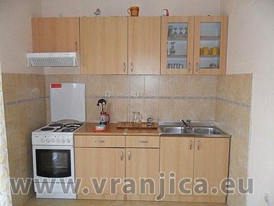 https://www.vranjica.eu/pokoje/apartman-ivana-slatine-ap3-4--v-4987.jpg