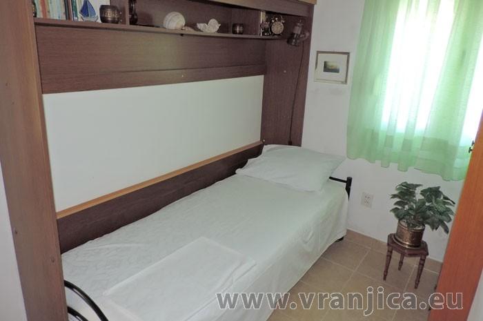 https://www.vranjica.eu/pokoje/apartman-jahoda-ap1-4-1--v-6602.jpg