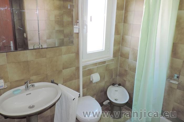 https://www.vranjica.eu/pokoje/apartman-jahoda-ap1-4-1--v-6603.jpg