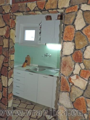 https://www.vranjica.eu/pokoje/apartman-jahoda-ap2-4--v-6613.jpg