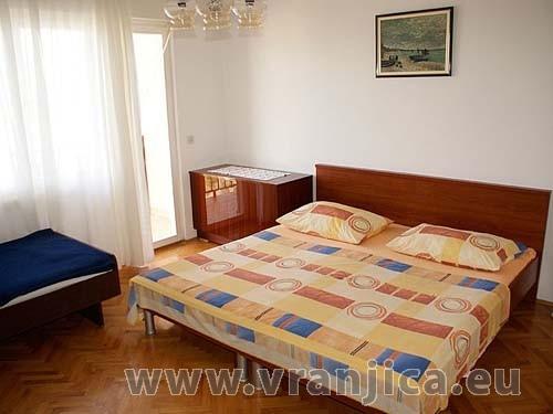 https://www.vranjica.eu/pokoje/apartman-jelica-slatine-ap2-6--v-2330.jpg