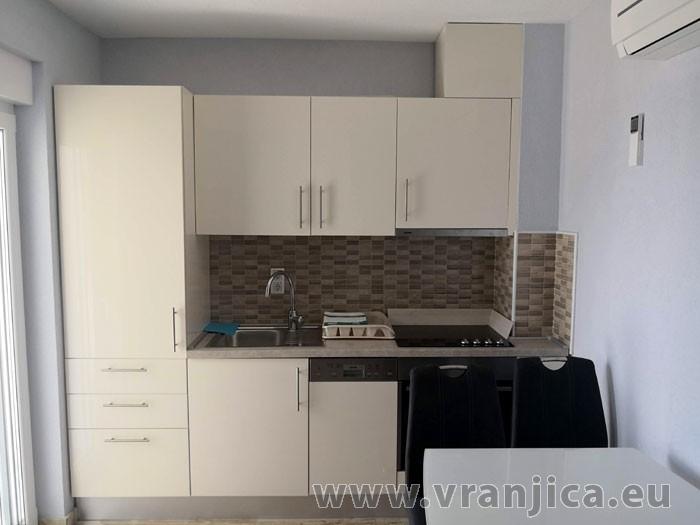 https://www.vranjica.eu/pokoje/apartman-kristo-ap1-4-2--v-7719.jpg