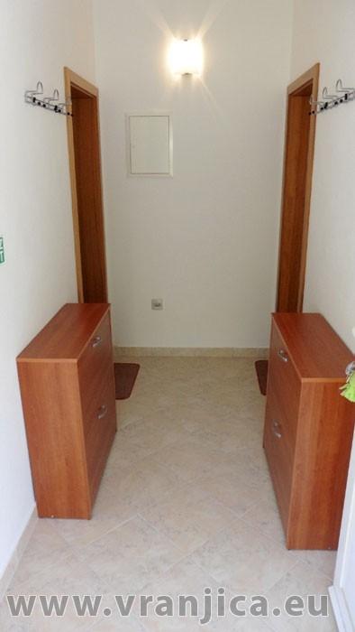 https://www.vranjica.eu/pokoje/apartman-kustura-ap2-2-2--v-3992.jpg