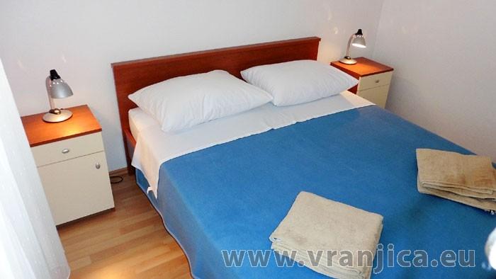 https://www.vranjica.eu/pokoje/apartman-kustura-ap2-2-2--v-3996.jpg