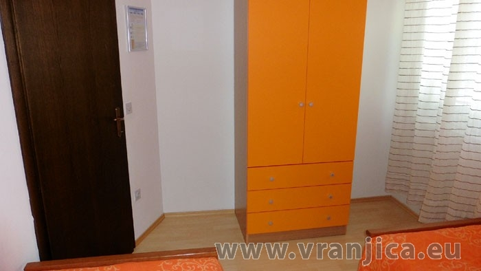 https://www.vranjica.eu/pokoje/apartman-lada-ap1-4--v-4234.jpg