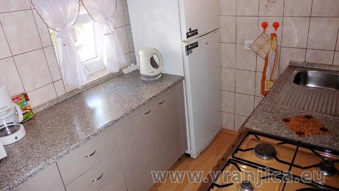https://www.vranjica.eu/pokoje/apartman-lada-ap1-4--v-4237.jpg