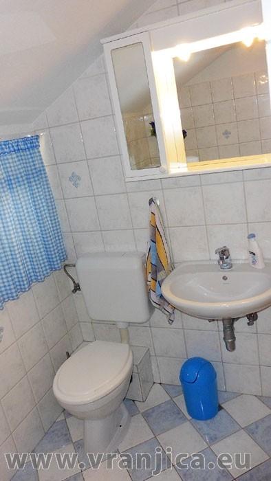 https://www.vranjica.eu/pokoje/apartman-lada-ap1-4--v-4241.jpg